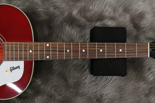 1960s J-45 WINE REDの指板画像