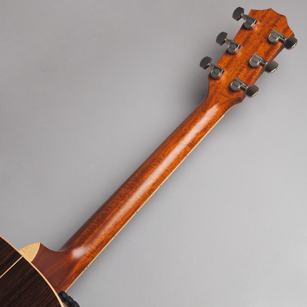 Taylor 818e ES2/NAT(s/n:1101206030) エレアコギター 【テイラー】【ビビット南船橋店】【アウトレット】のヘッド裏-アップ画像