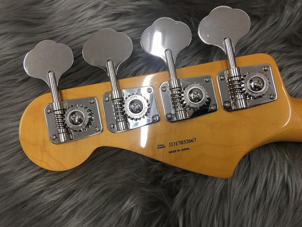 Trad 60S Jazz Bassのヘッド裏-アップ画像