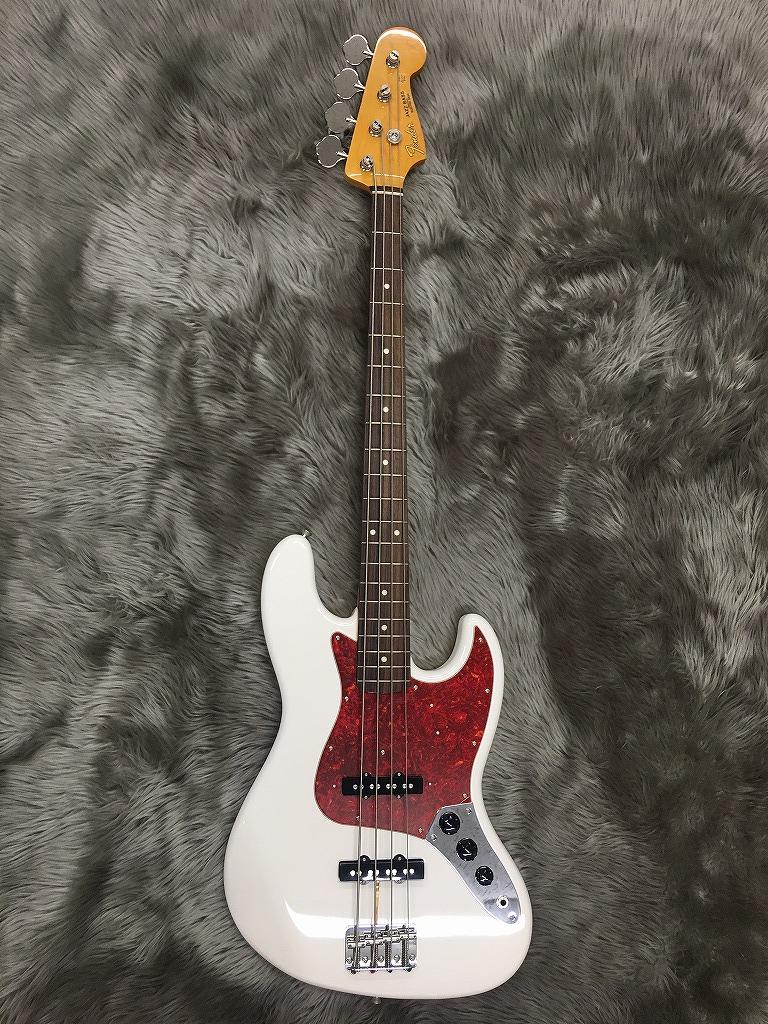 Trad 60S Jazz Bassの全体画像(縦)