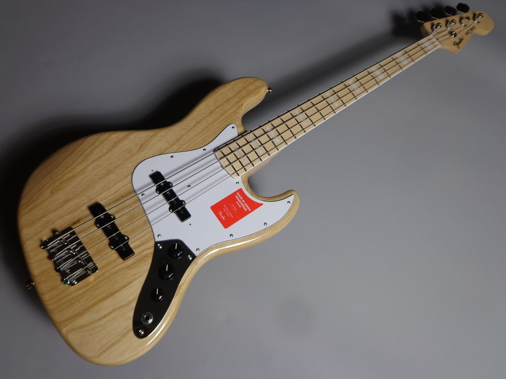 MADE IN JAPAN TRADITIONAL 70S JAZZ BASS