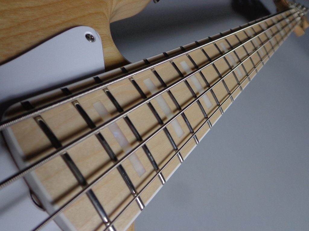 MADE IN JAPAN TRADITIONAL 70S JAZZ BASSの指板画像