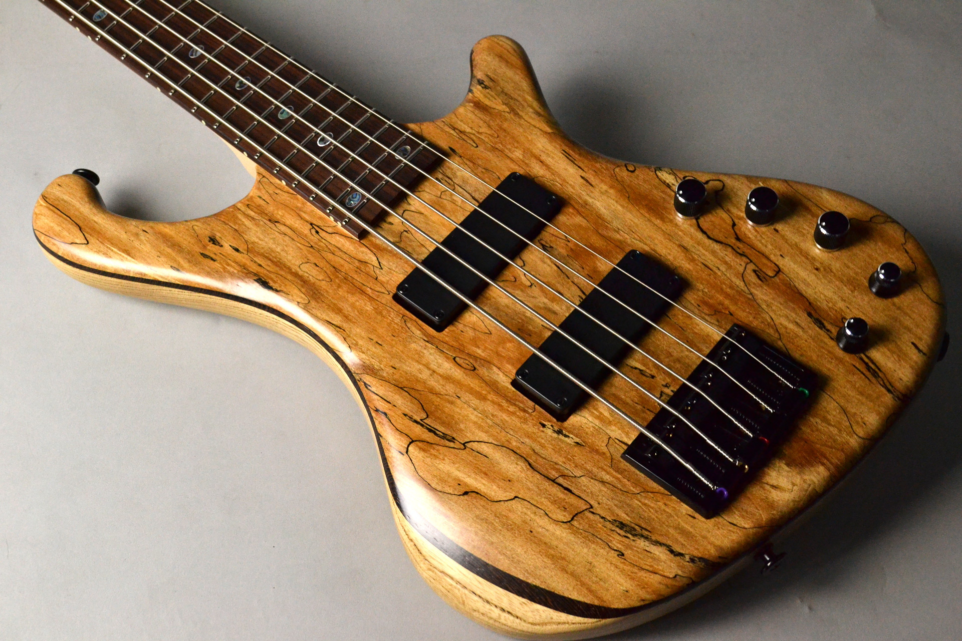 Dulake Flat 5st Spalted Maple/Ashのボディトップ-アップ画像