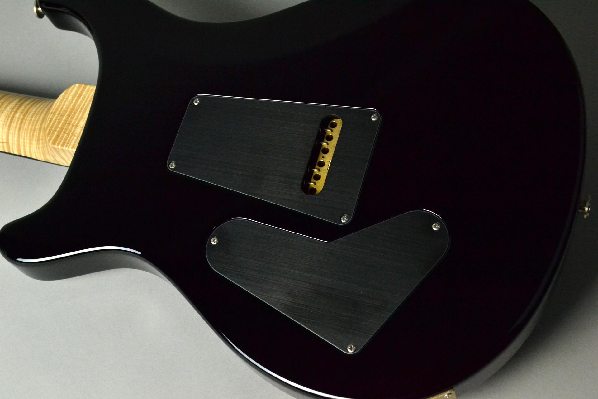 Custom24 Custom Color(Blood Orange Smoke Burst) Figured Maple Neck Ebony FBのボディバック-アップ画像