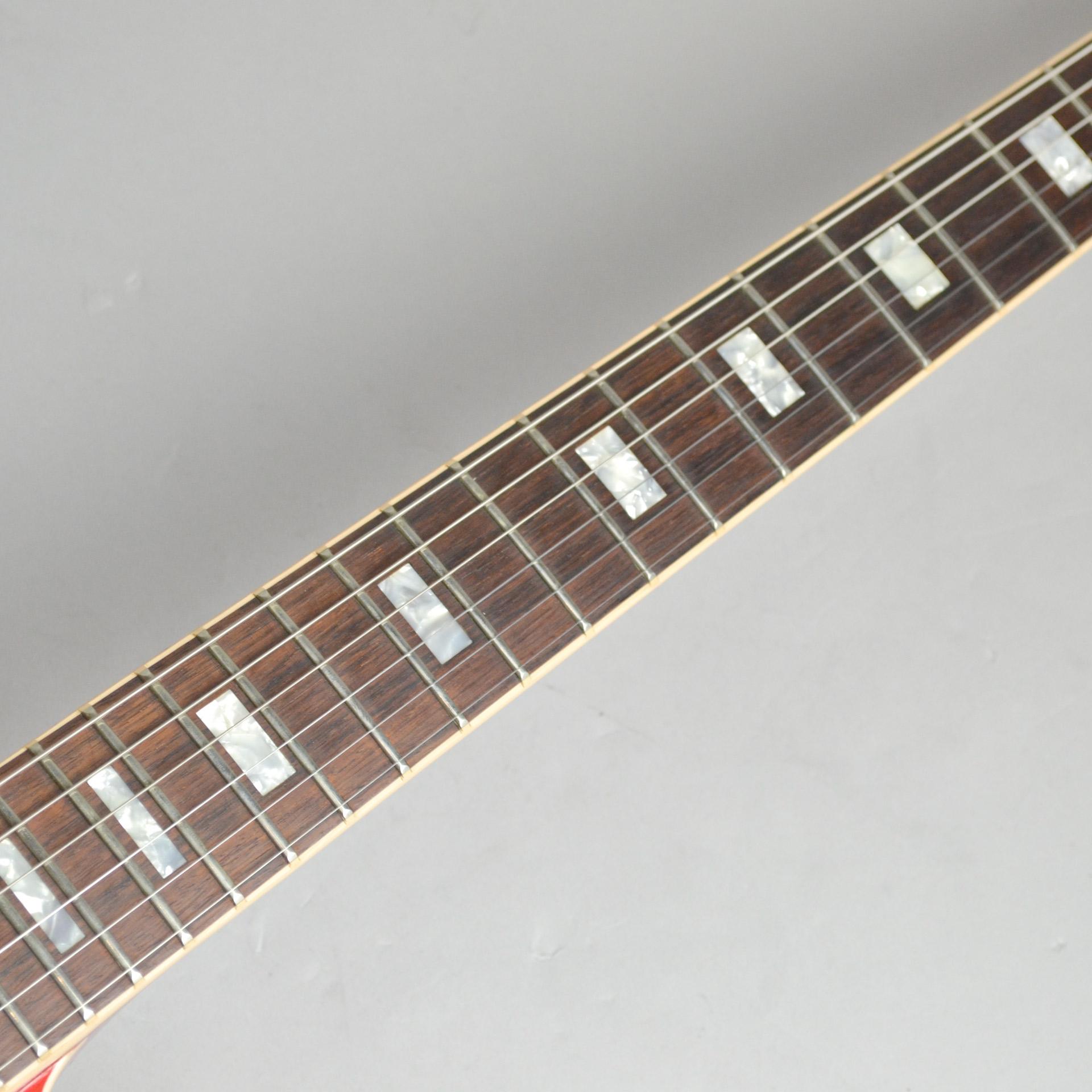 ES-335のヘッド画像