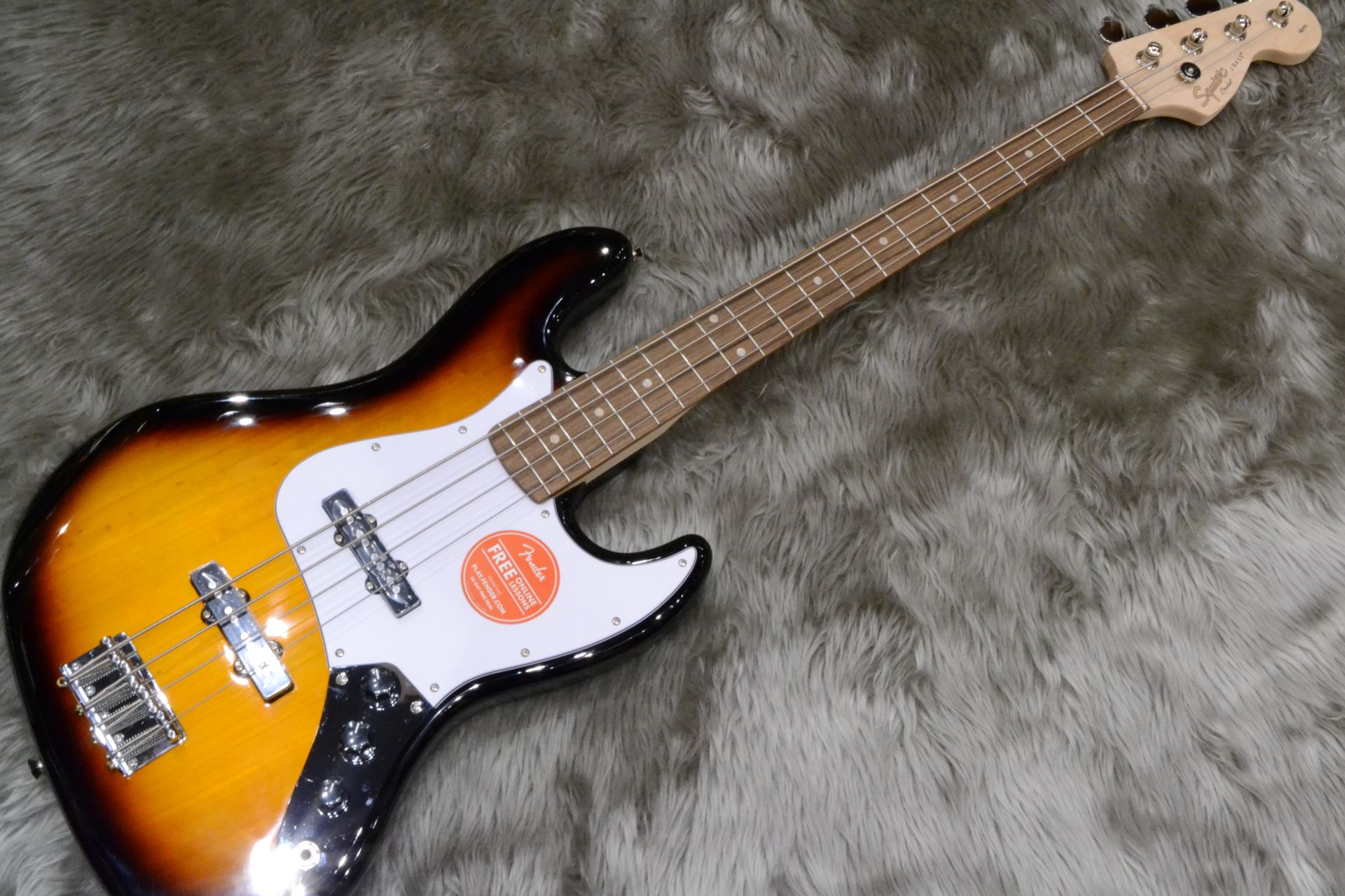 Squier by Fender  AFFINITY JB LRL 写真画像