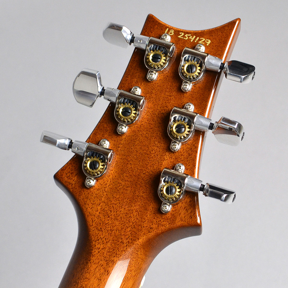 McCarty 594 Selected Topのヘッド裏-アップ画像