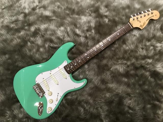 Fender Japan  TRAD 70S STRAT RW 写真画像