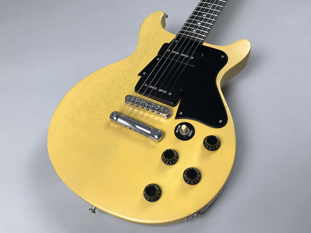 Les Paul Faded Double Cutawayのボディトップ-アップ画像