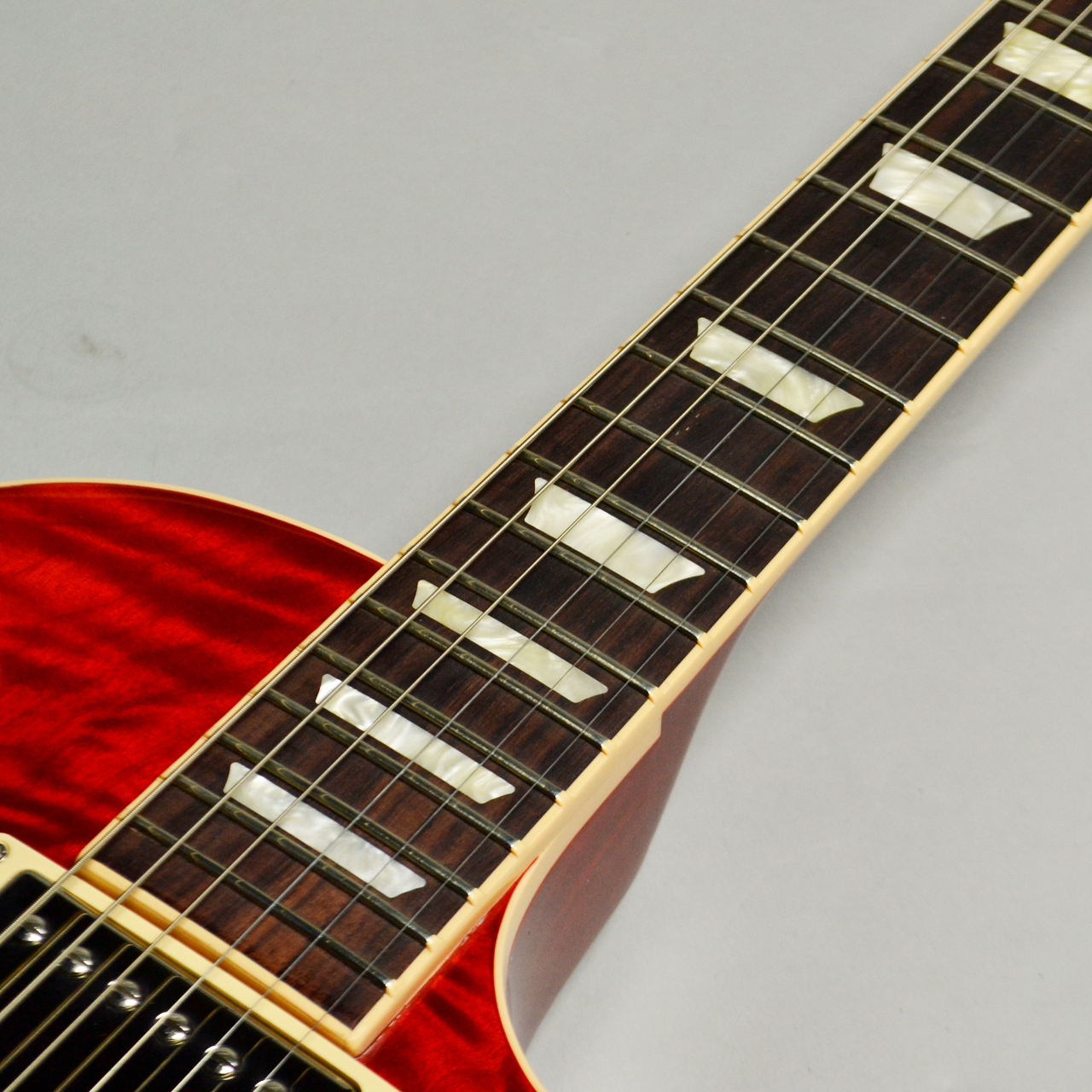 Les Paul Traditional Plus Quilt 2017 Limited Heritage Cherry Sunburstの指板画像