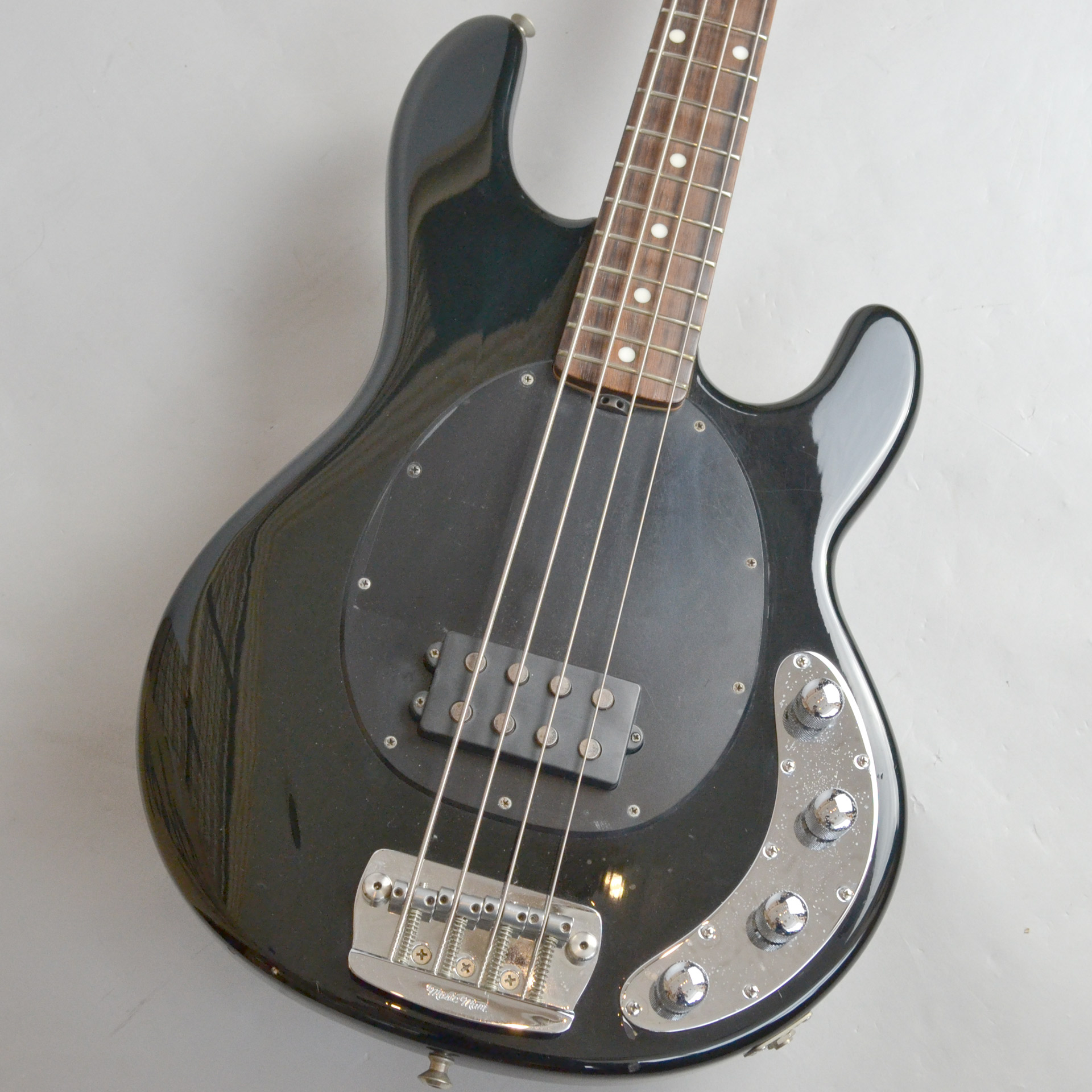 MUSIC MAN  STINGRAY4 写真画像