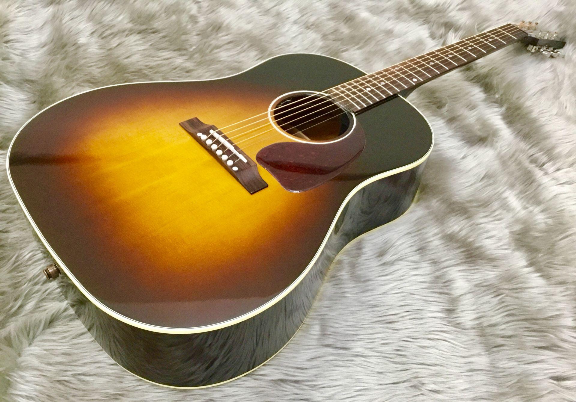 Gibson  J−45 standard 写真画像