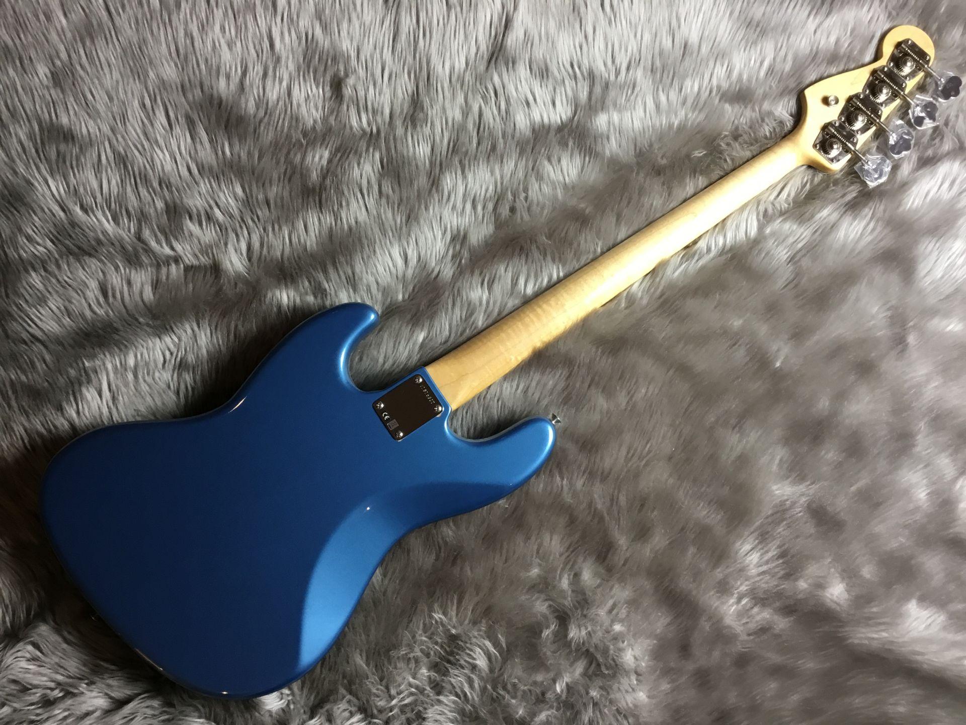 American Vintage '64 Jazz Bassのヘッド画像
