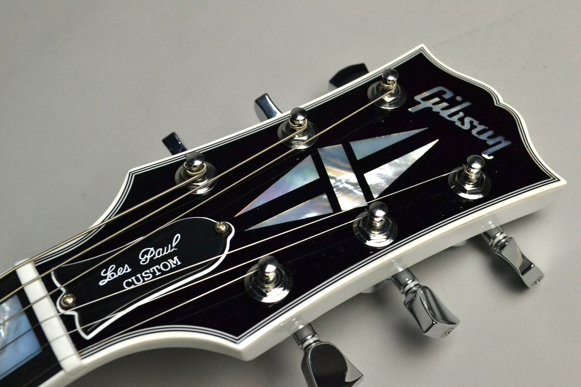 Les Paul Custom 3A Quilt Top Nordic Blue/Alpine White 【ホワイトバック!】のヘッド画像