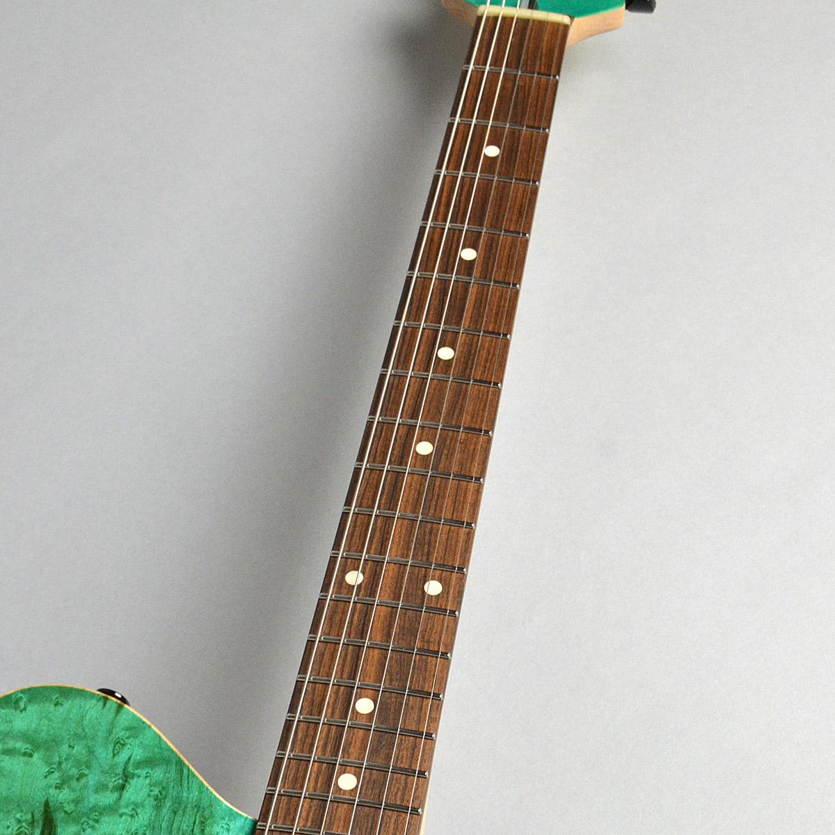 BORDER CUSTOM 666 6st Birds Eye Maple/Alderの指板画像
