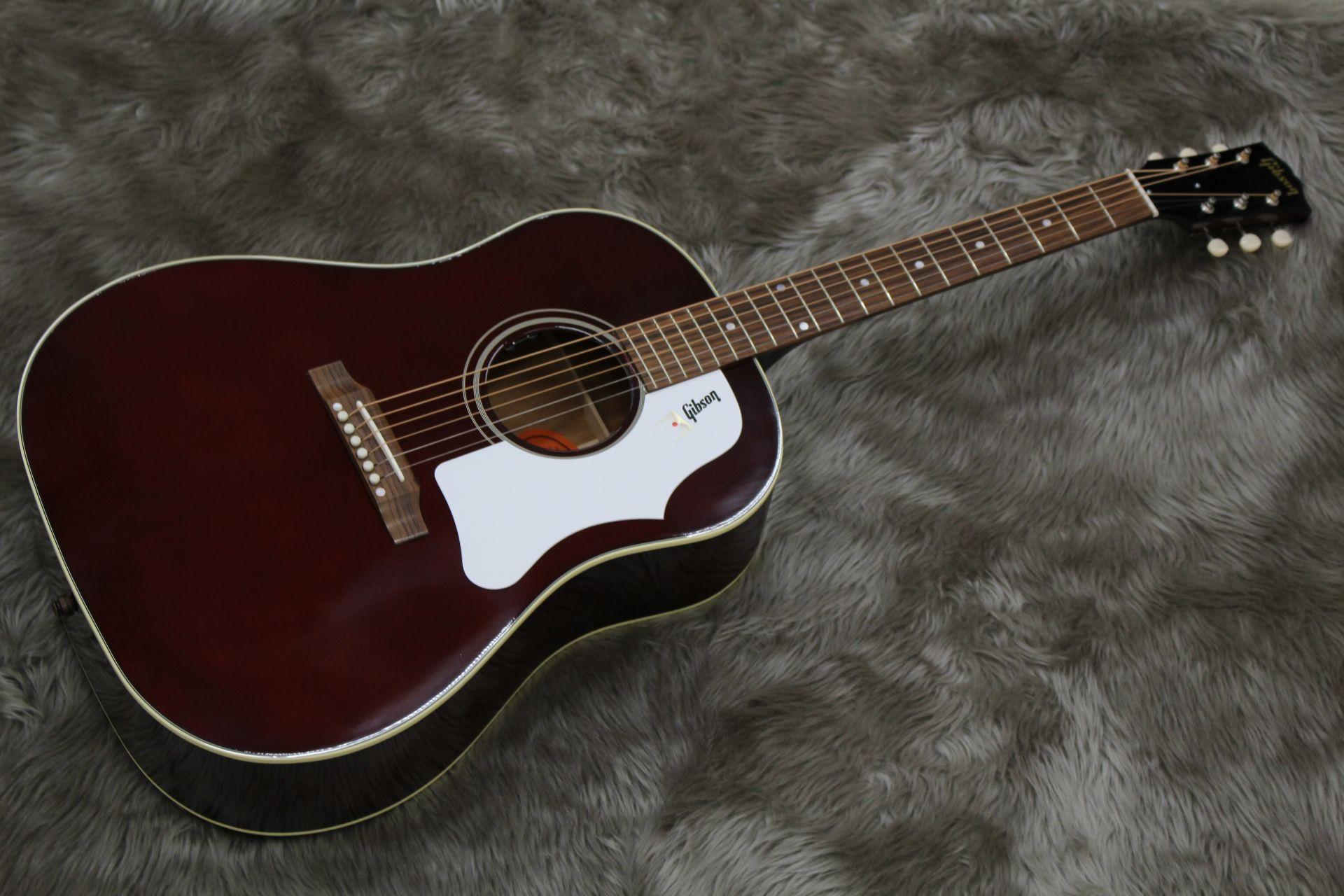 1960s J-45 WINE REDのボディトップ-アップ画像