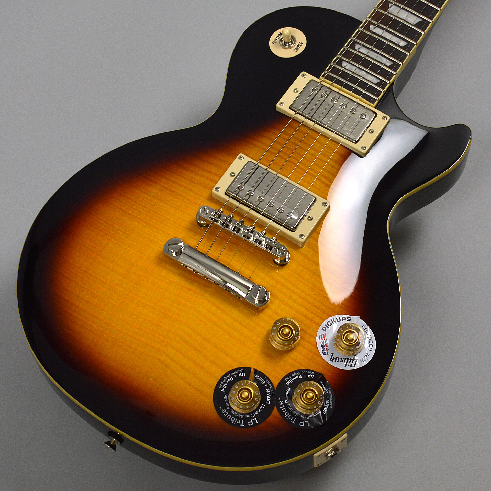 "Les Paul ""TRIBUTE"" Plus Outfitのボディトップ-アップ画像"