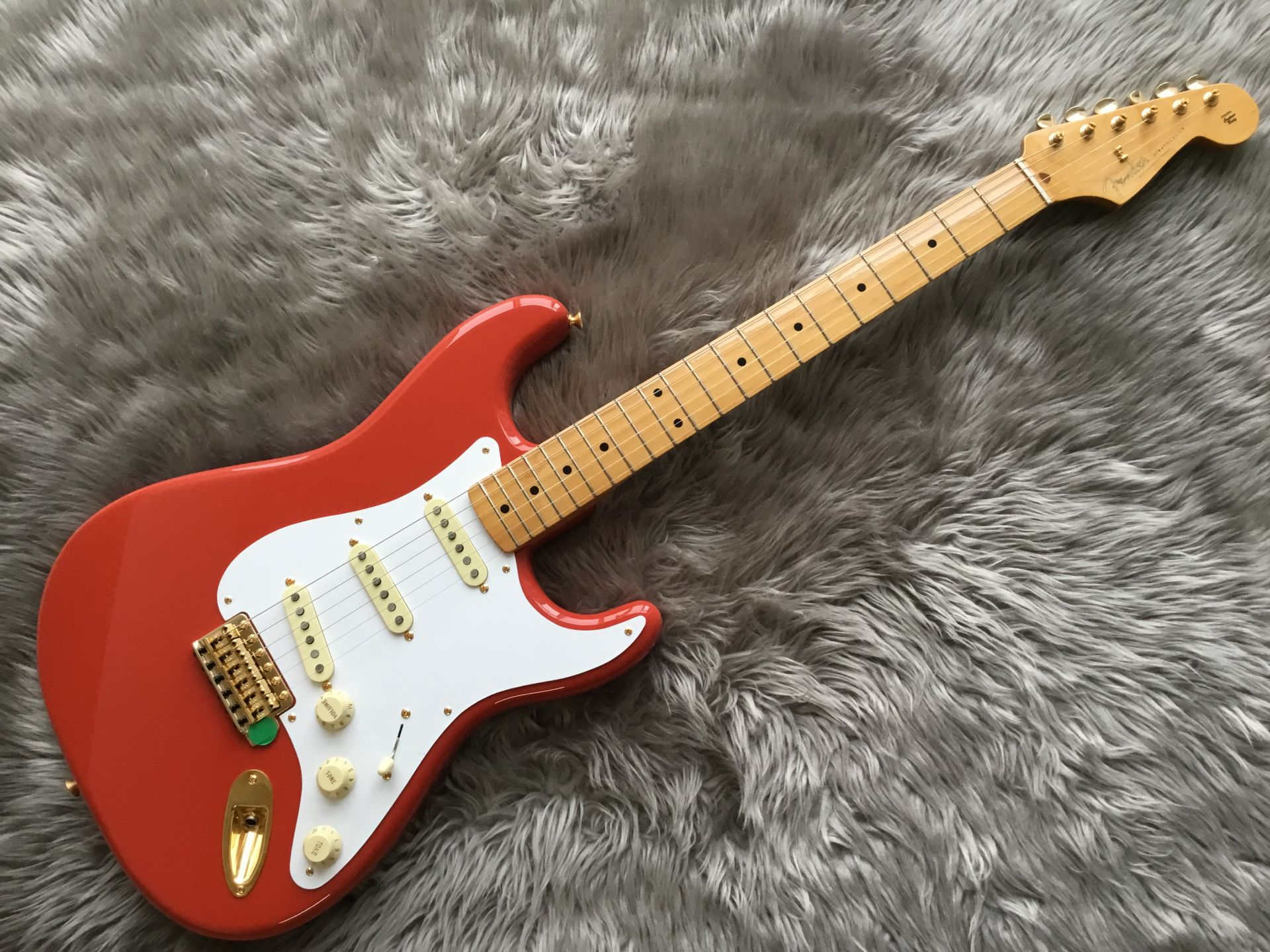 LIMITED EDITION CLASSIC SERIES '50s STRATOCASTER®のボディトップ-アップ画像