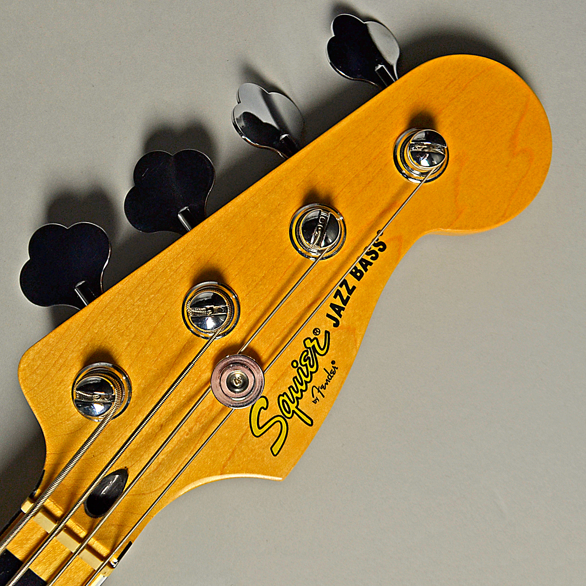 Vintage Modified Jazz Bass 70s (OWT)のヘッド画像