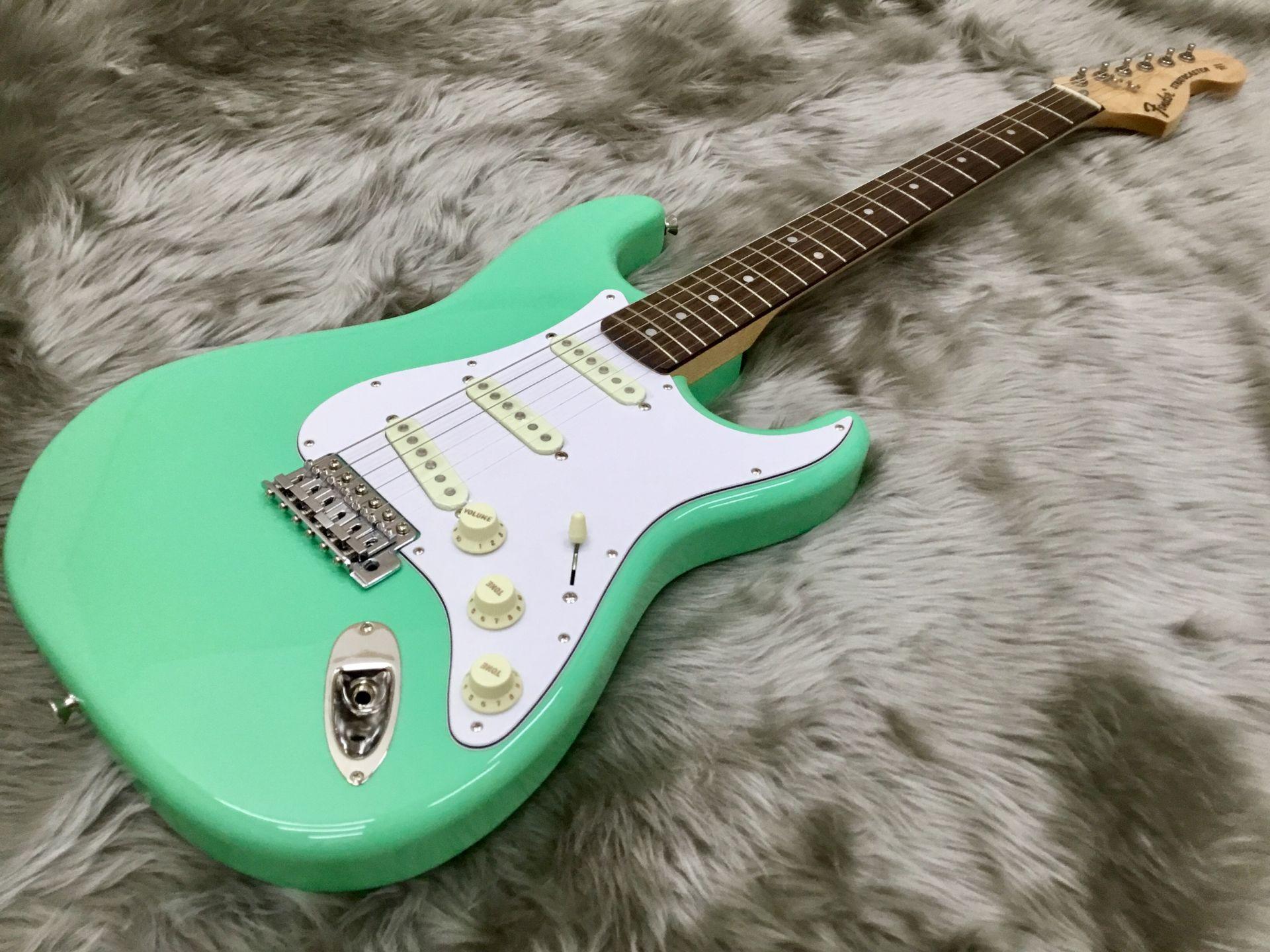 Fender  TRAD 70s STRAT RW 写真画像