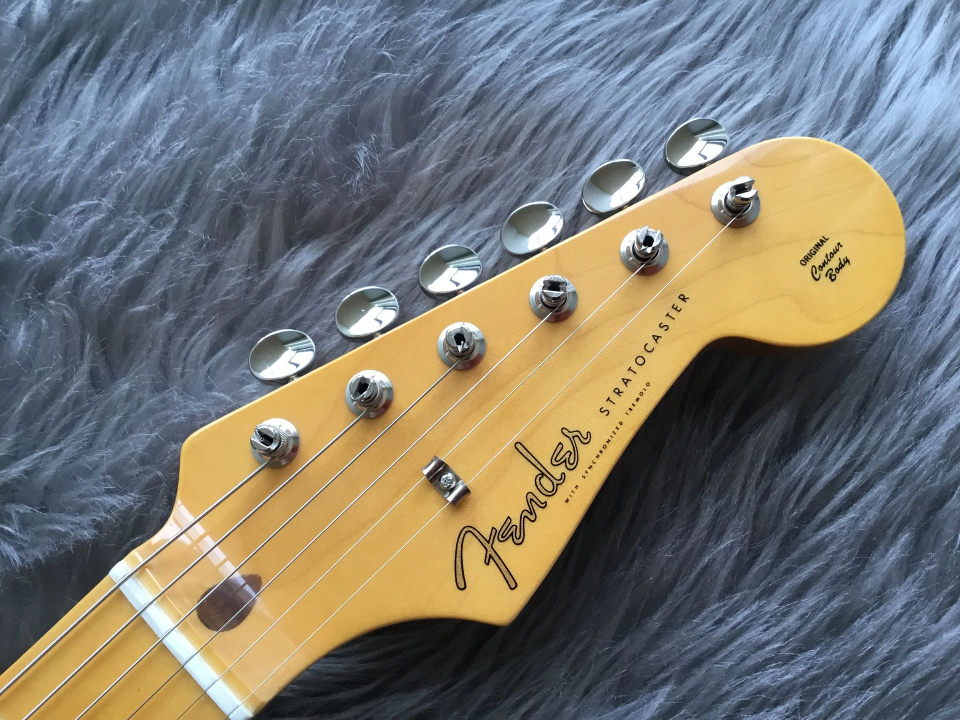 Fender Made in Japan Traditional 58 Stratocasterのヘッド画像