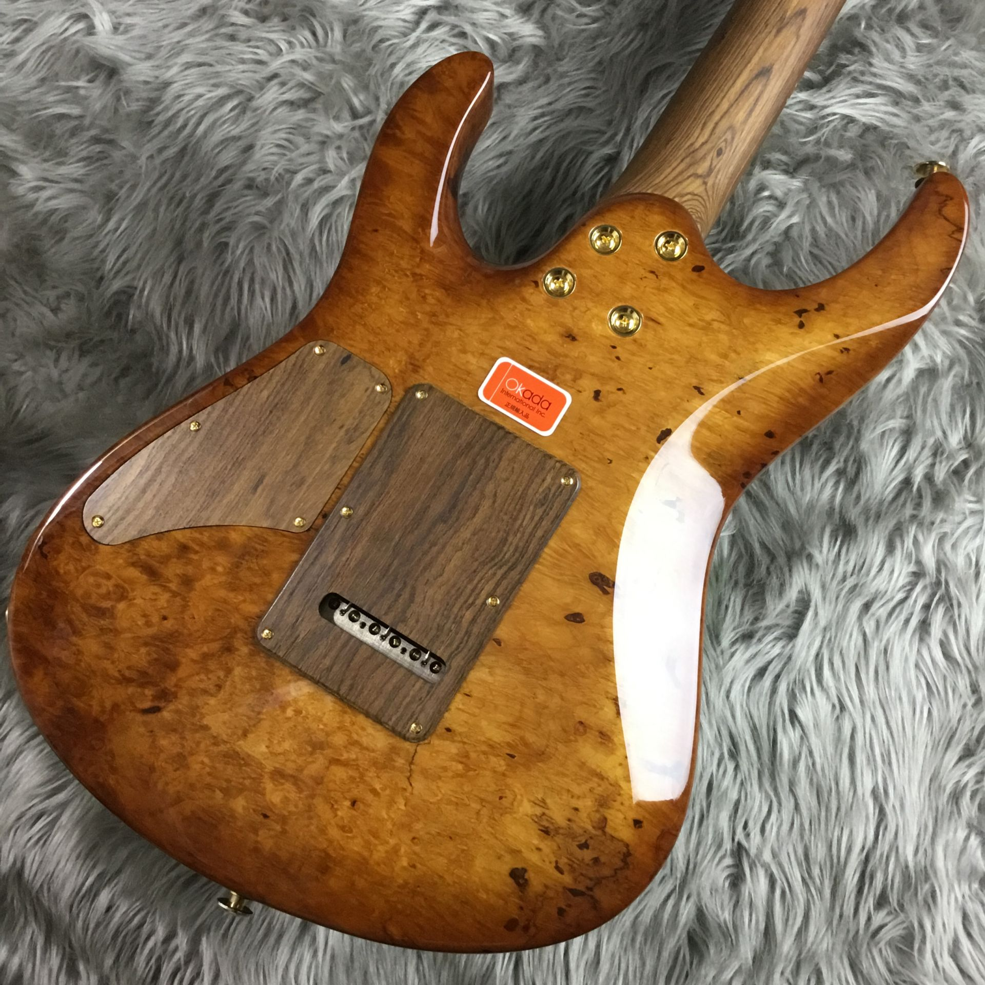 The 2015 Collection Burl Maple Modern Carve Topの指板画像