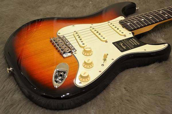 American Original 60s Stratcaster Rosewood Fingerboardのボディトップ-アップ画像
