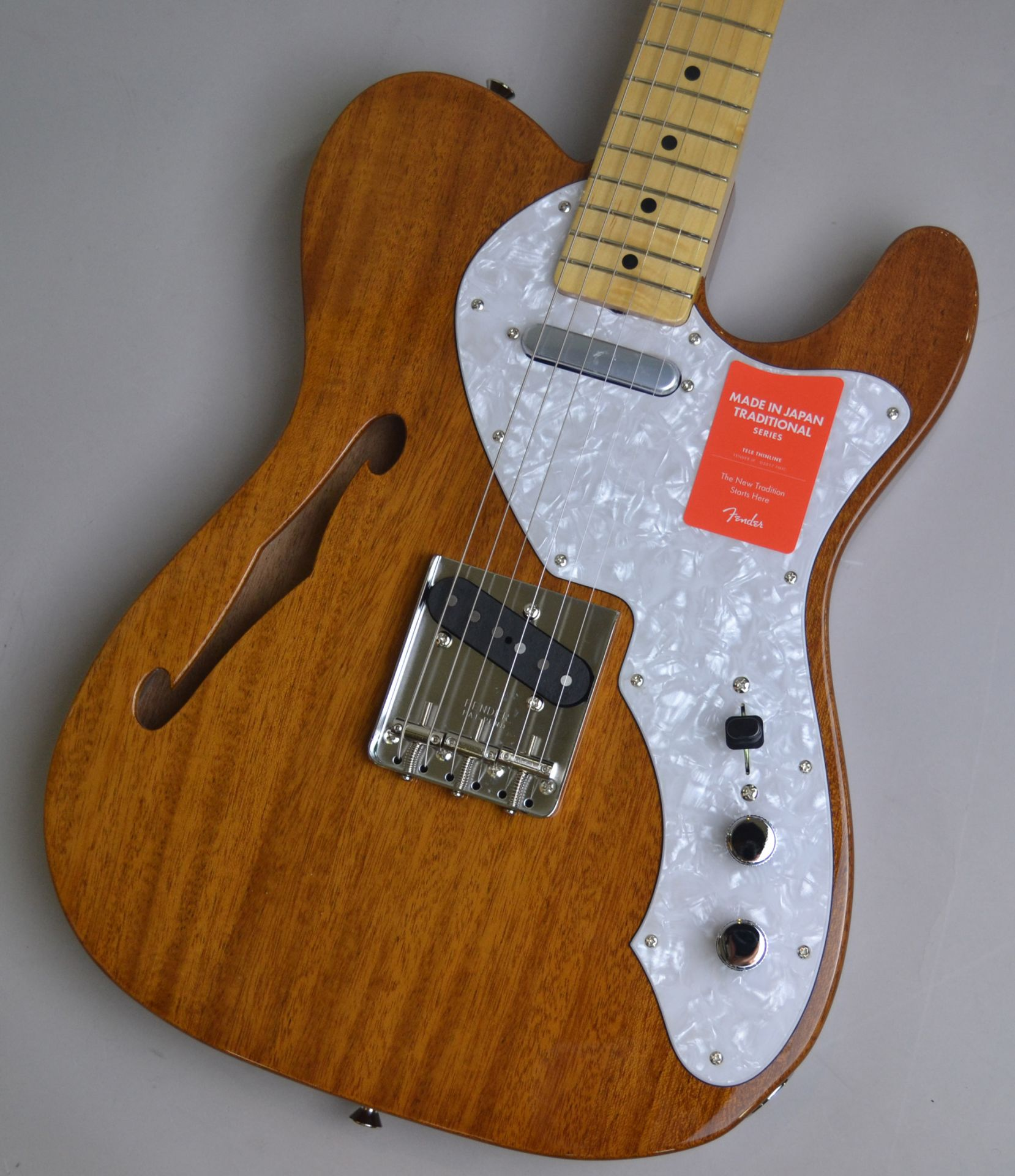 Made in Japan Traditional 69 Telecaster Thinline NAT シンラインのボディトップ-アップ画像