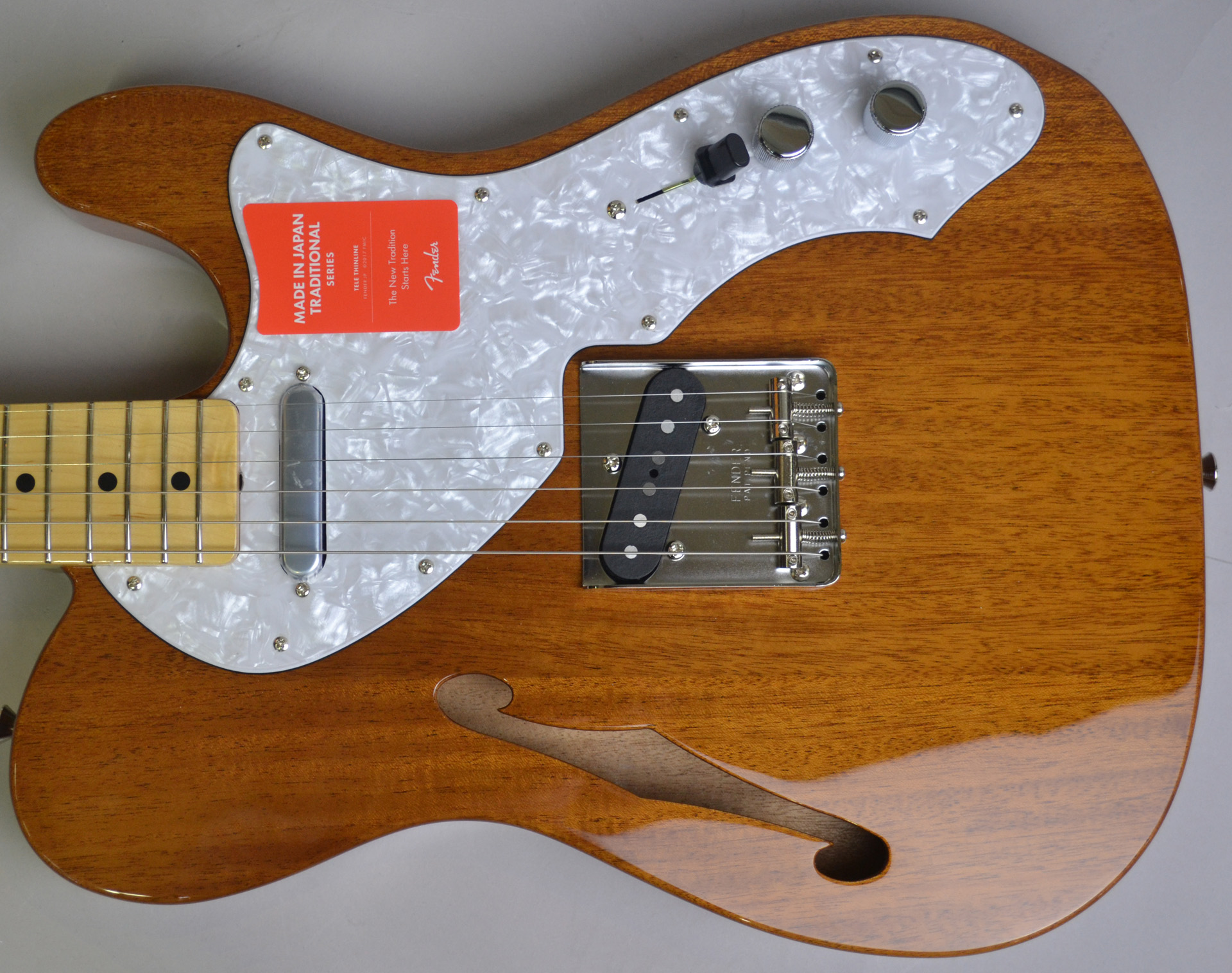 Made in Japan Traditional 69 Telecaster Thinline NAT シンラインのヘッド裏-アップ画像
