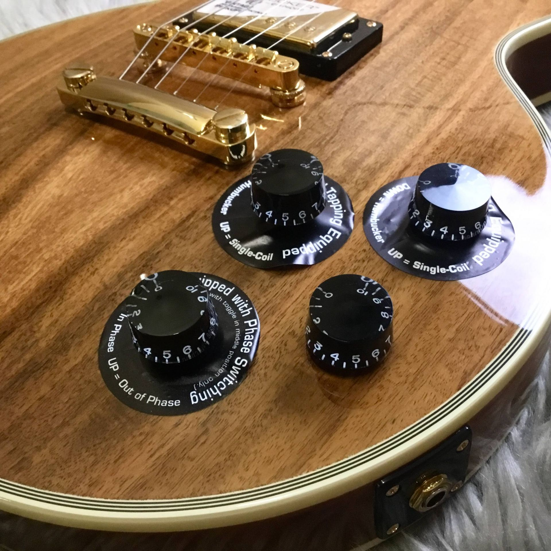 LTD Les Paul Custom PRO KOAのヘッド画像