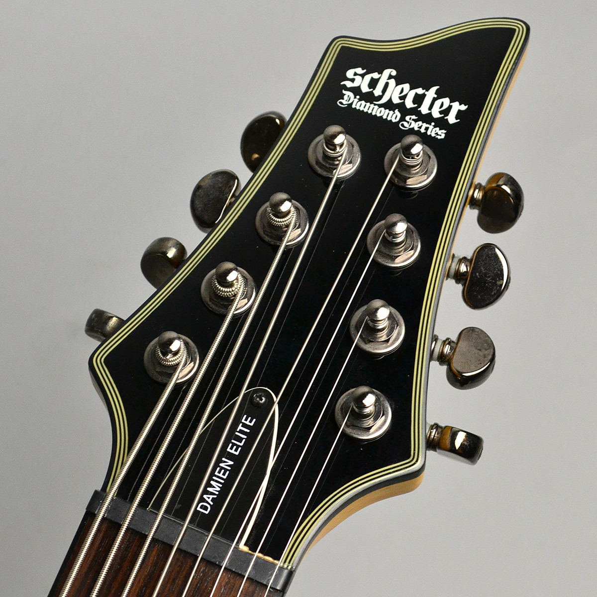 Damien Elite 8 Stringsのヘッド画像