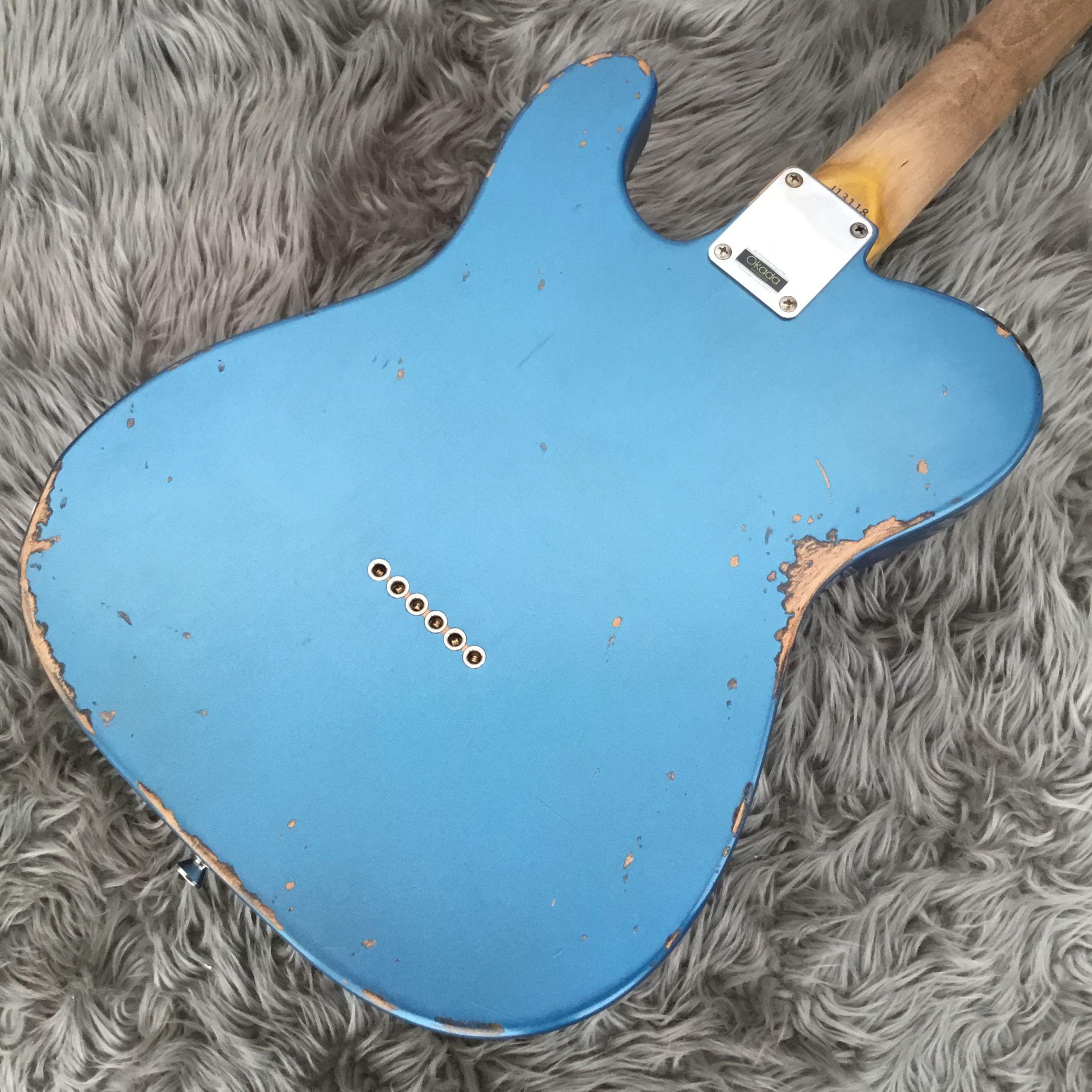 T-Model Lake Placid Blue over 3 Tone Sunburstのヘッド裏-アップ画像