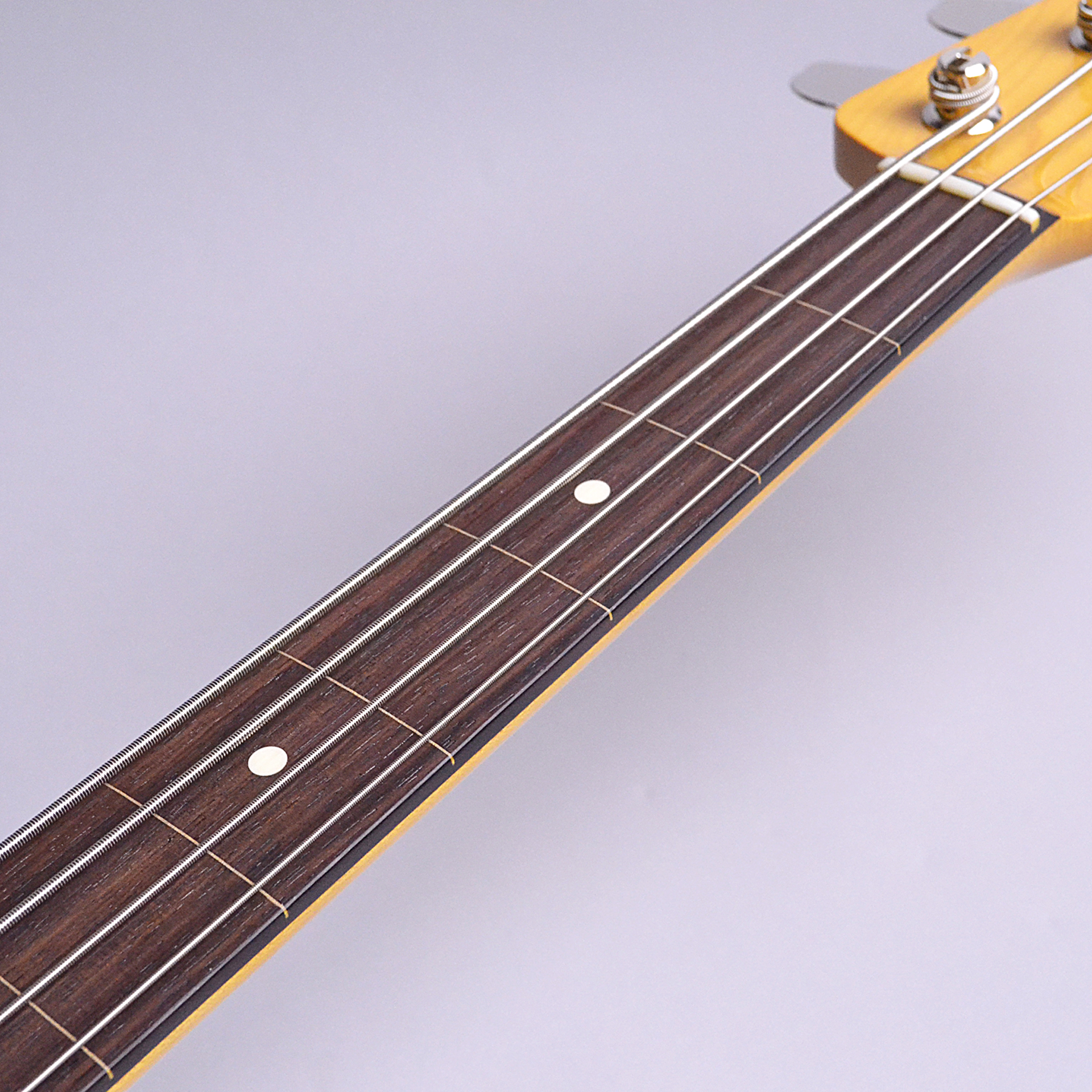 Made in Japan Traditional 60s Jazz Bass Fretlessのケース・その他画像