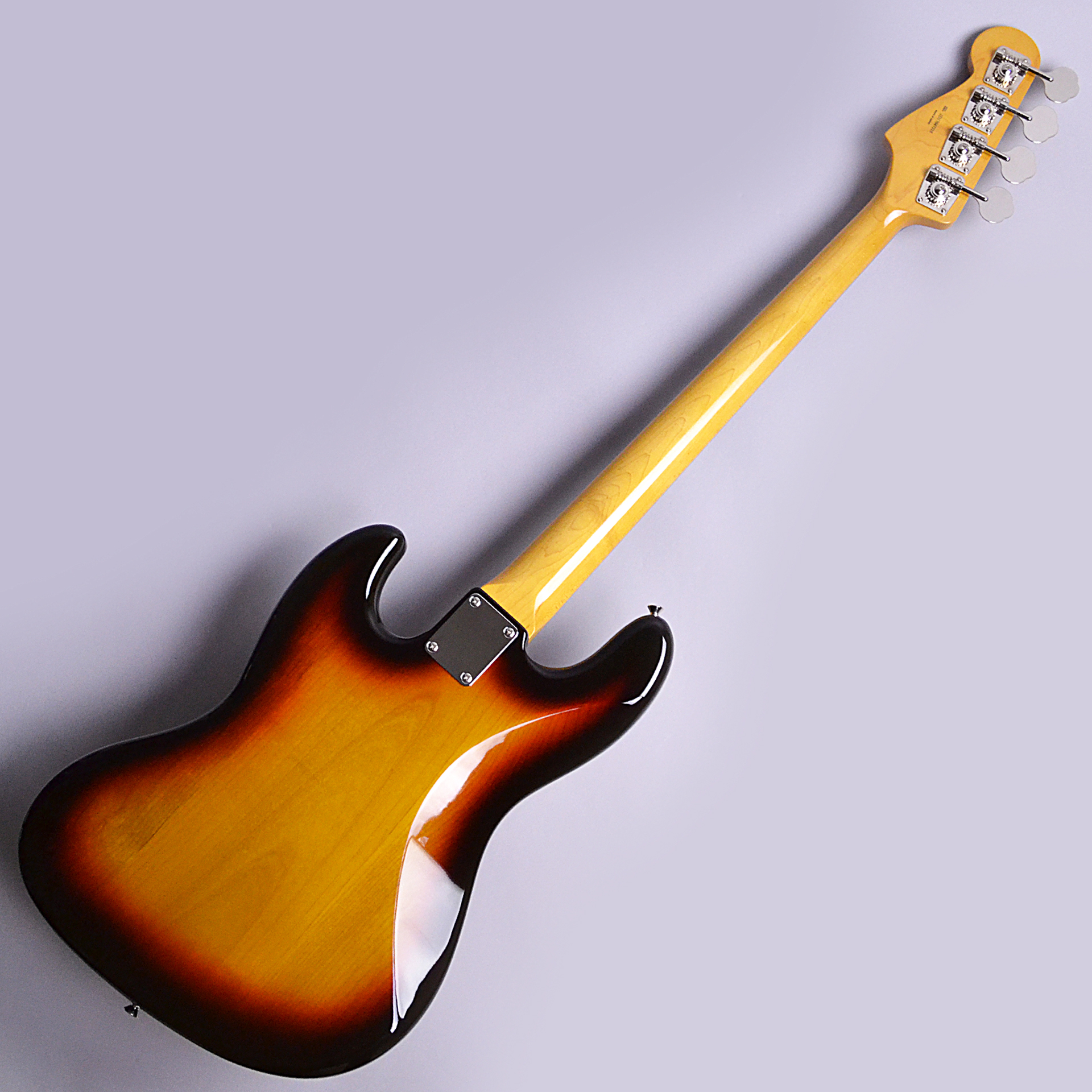 Made in Japan Traditional 60s Jazz Bass Fretlessのボディトップ-アップ画像