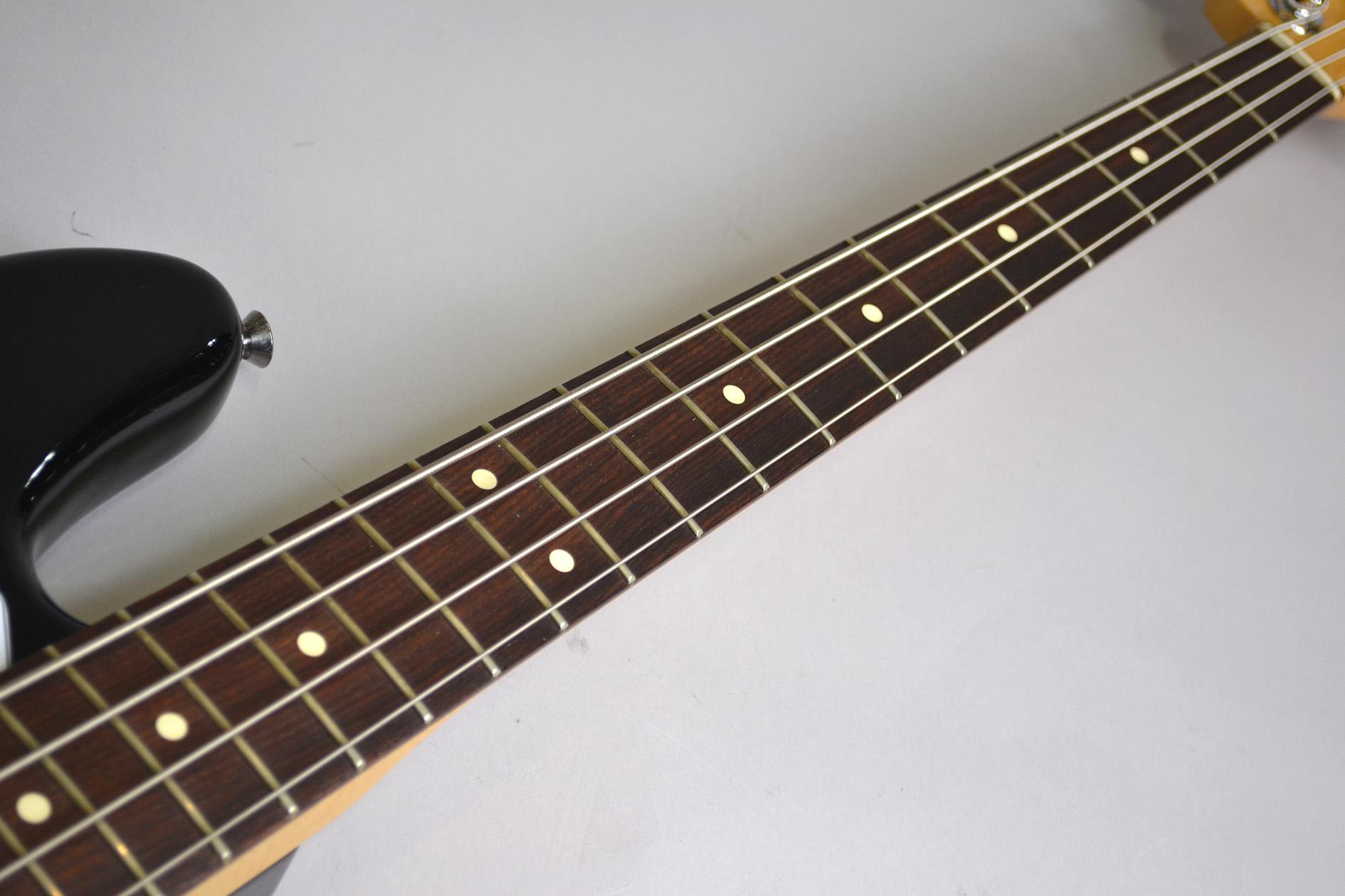 American Standard Jazz Bass 2012年製 重量4.225kgのボディバック-アップ画像