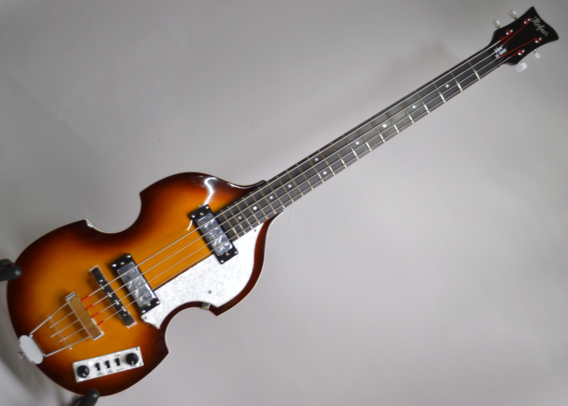 IGNITION BASS SB Violin Bassの全体画像