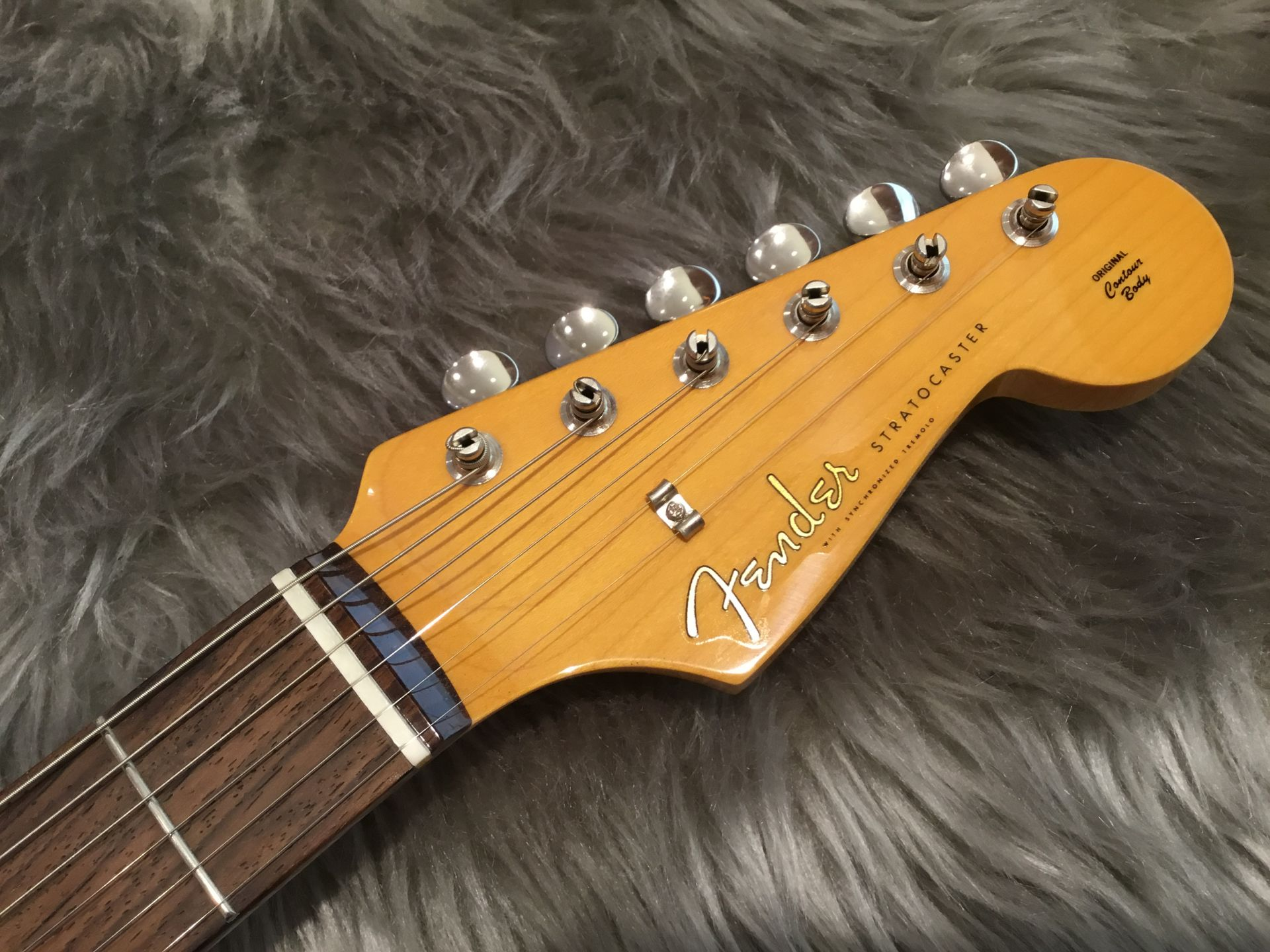 MADE IN JAPAN TRADITIONAL 60S STRATOCASTER®のヘッド画像