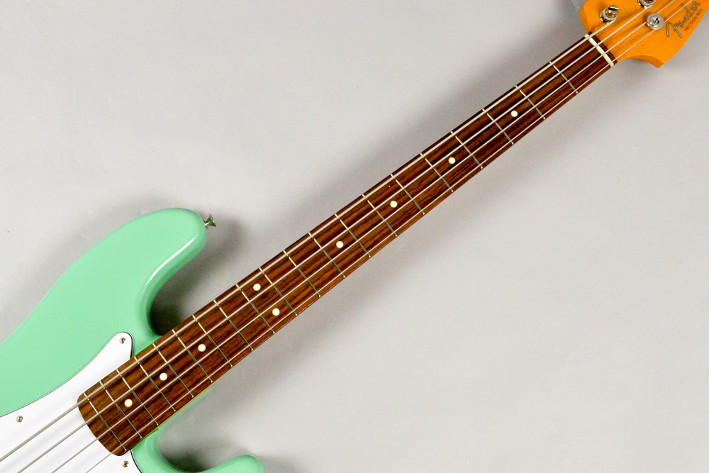 Made in Japan Traditional 60s Precision Bass SFGの指板画像