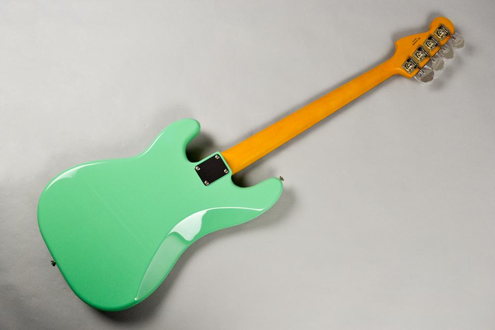 Made in Japan Traditional 60s Precision Bass SFGの全体画像(縦)