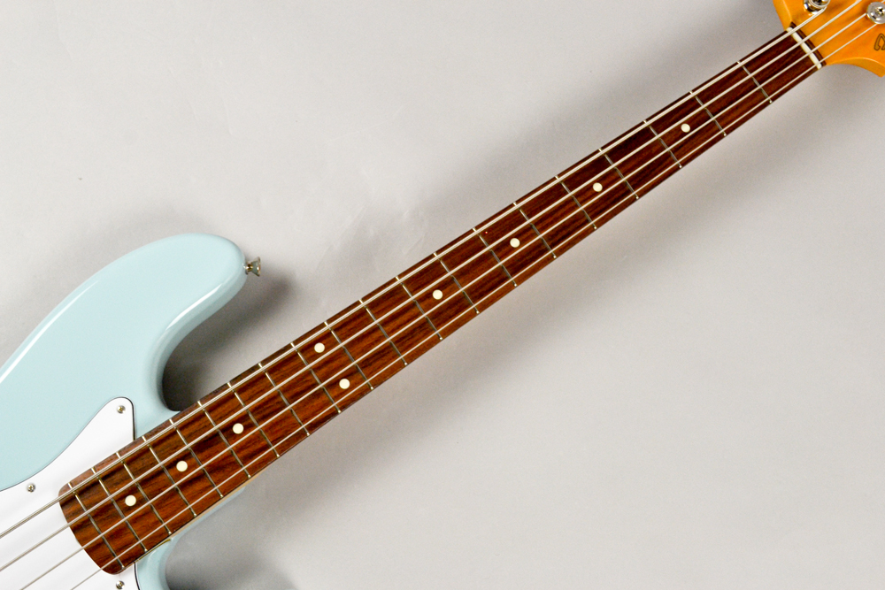 Made in Japan Traditional 60s Jazz Bass DNBの指板画像