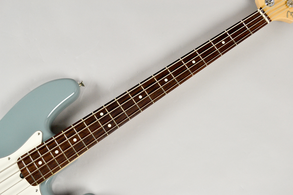 American Professional Jazz Bass SNGの指板画像