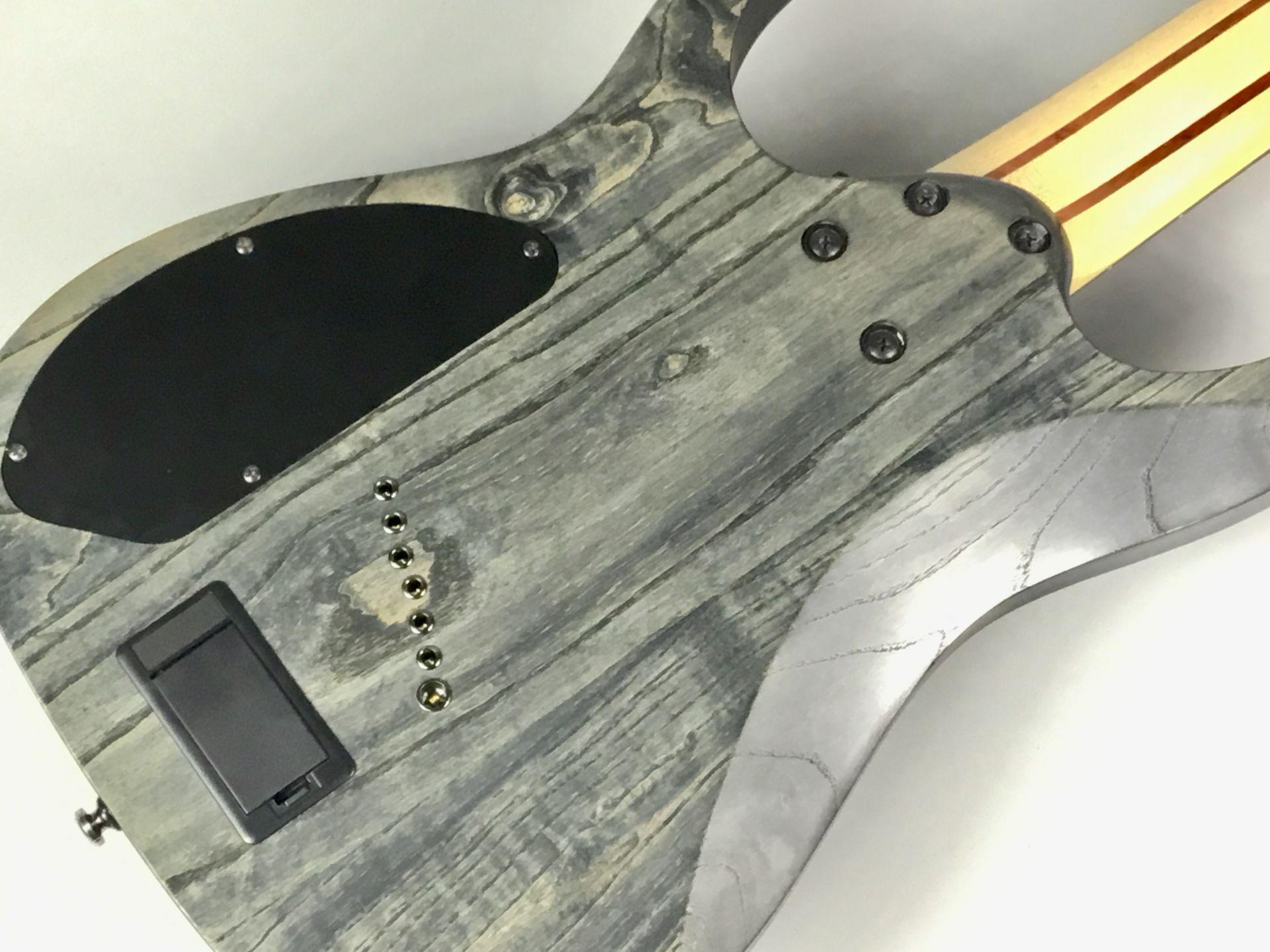 RGIF7のヘッド裏-アップ画像