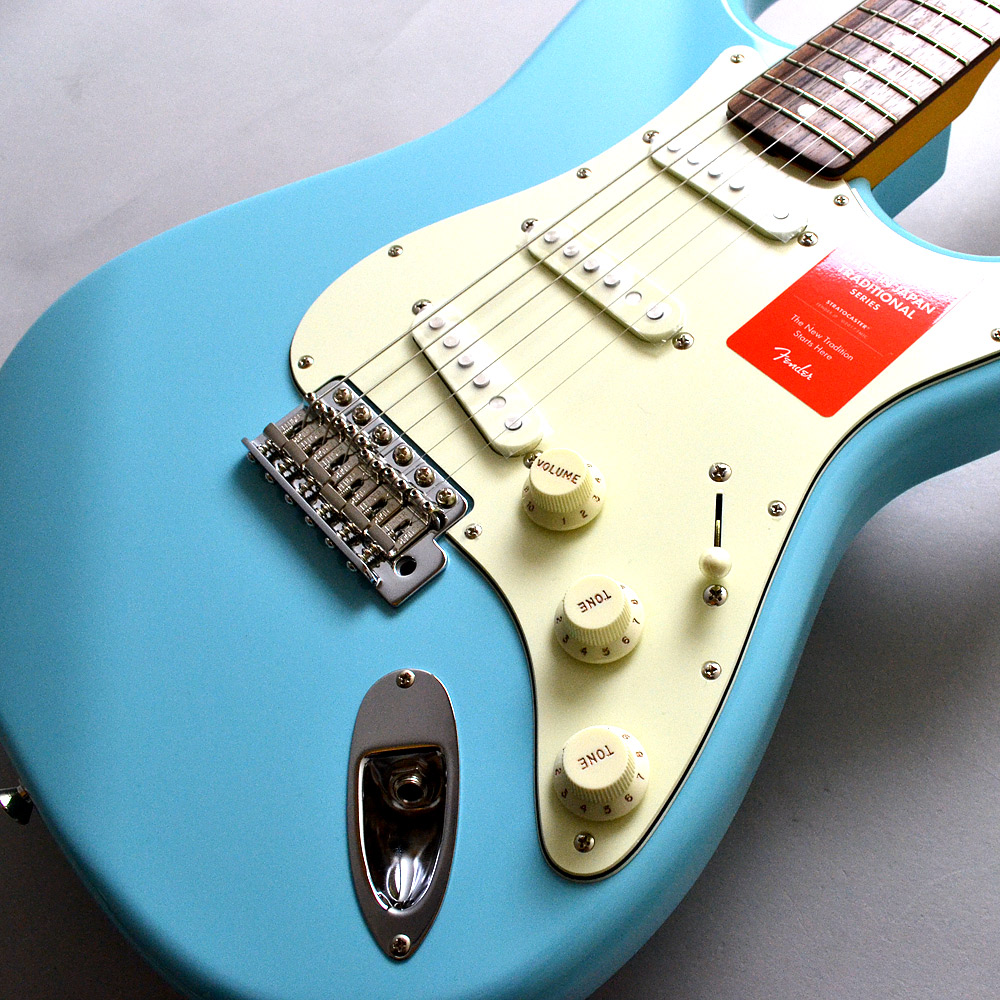 MADE IN JAPAN TRADITIONAL 60S STRATOCASTER Rosewoodのボディトップ-アップ画像
