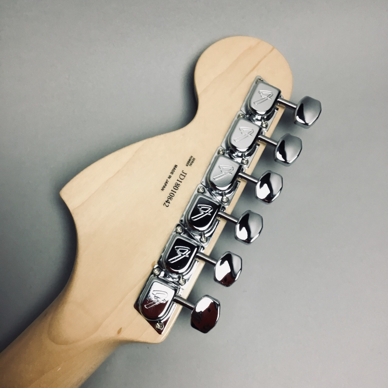 MADE IN JAPAN TRADITIONAL 70S STRATOCASTERのヘッド裏-アップ画像