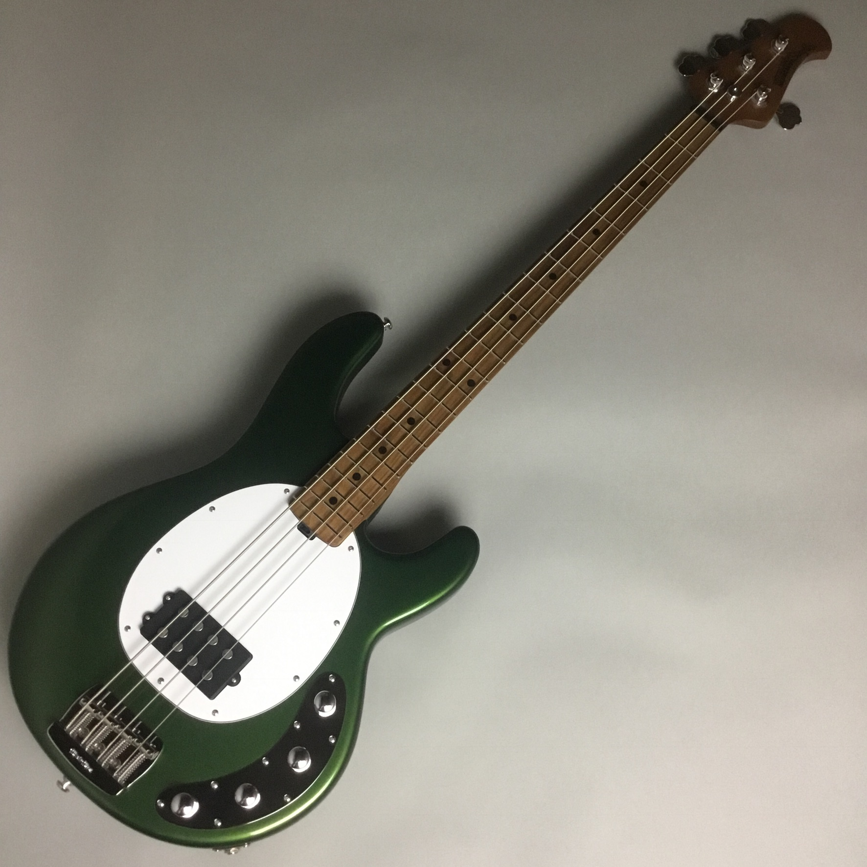 StingRay Special 1H/M WHのボディトップ-アップ画像