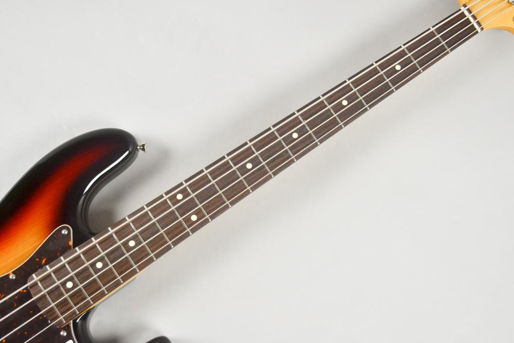Made in Japan Hybrid 60s Jazz Bass 3CSの指板画像
