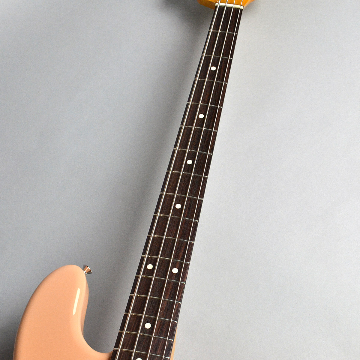 Made in Japan Traditional 60s JazzBassの指板画像