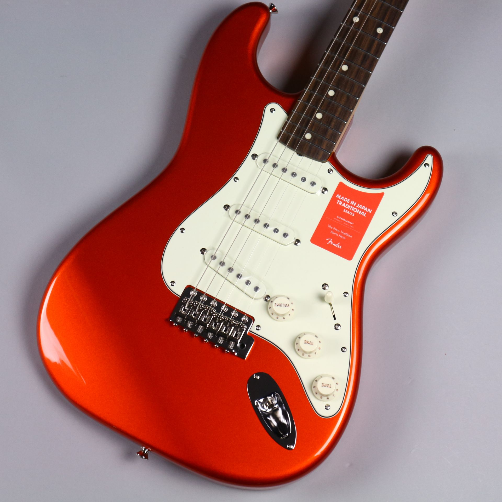 TRADITIONAL 60S STRATOCASTER®(MADE IN JAPAN)