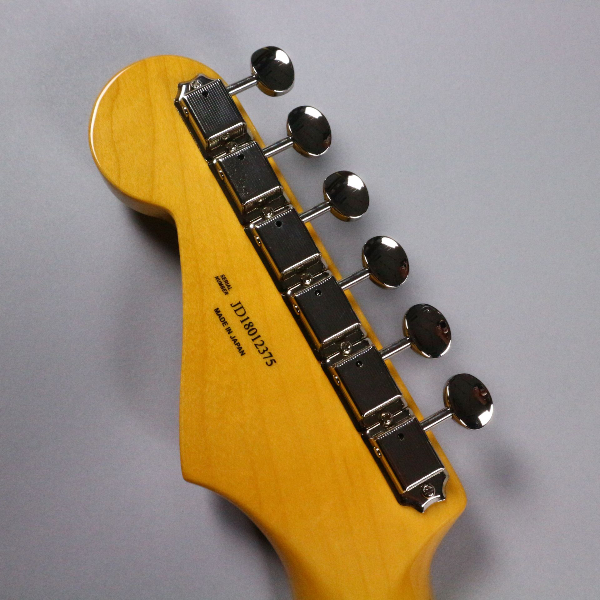 TRADITIONAL 58 STRATOCASTER(MADE IN JAPAN)のヘッド裏-アップ画像