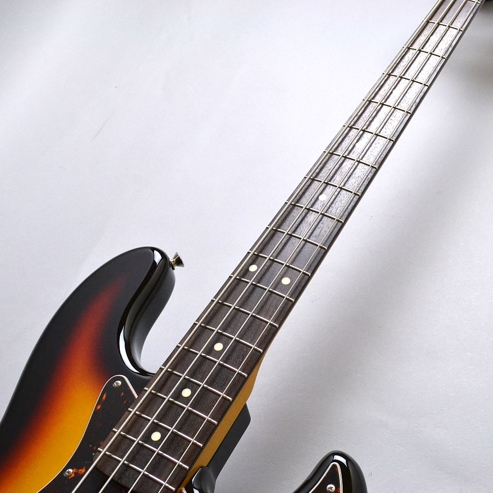MADE IN JAPAN TRADITIONAL 60S JAZZ BASSのボディバック-アップ画像